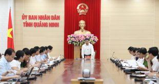 Chủ tịch UBND tỉnh Nguyễn Văn Thắng phát biểu kết luận cuộc họp.